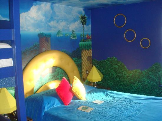 Alton Towers Hotel  Sonic the Hedgehog theme room. Sonic the Hedgehog theme room   Picture of Alton Towers Hotel