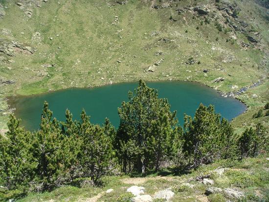 Tristaina Lake Trail: 2