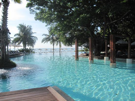 Veranda Resort and Spa Hua Hin Cha Am - MGallery Collection: Huge pool