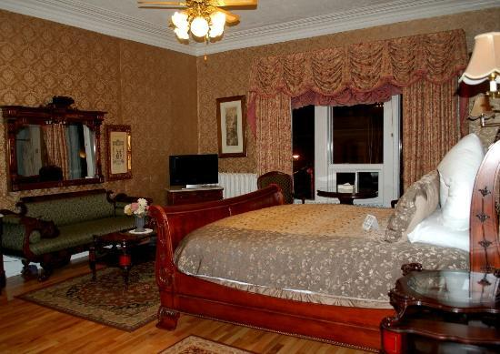 Waverley Inn: Vanderbilt room with sitting area