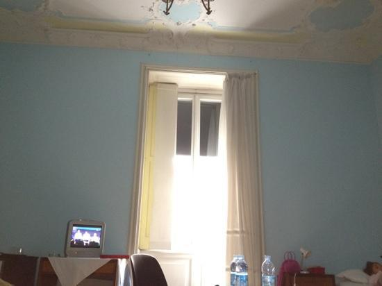 ... quadrupla : fotografía de Hotel Bel Soggiorno, Génova - TripAdvisor