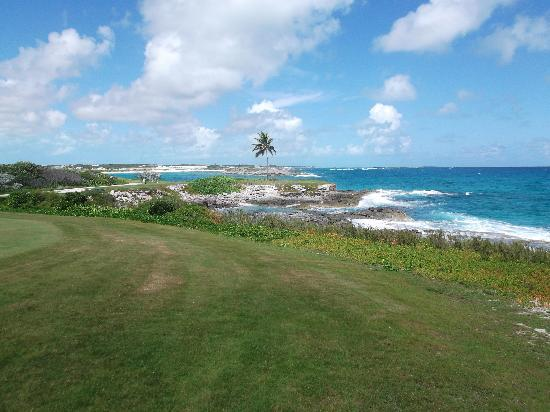 Sandals Emerald Bay Golf, Tennis and Spa Resort: Walking the golf course.