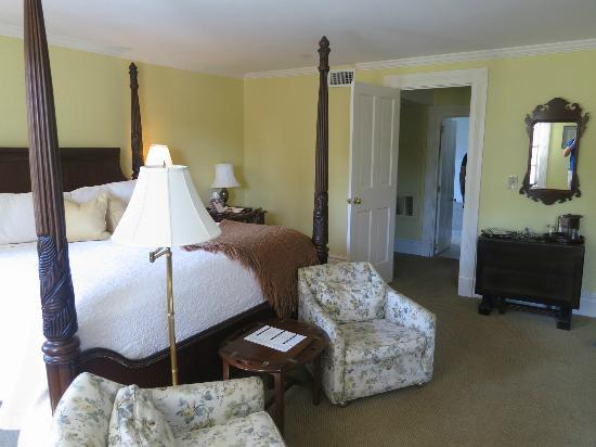 The Willcox: Our room