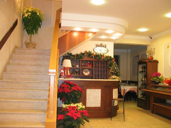 Hotel Acquamarina: Hall