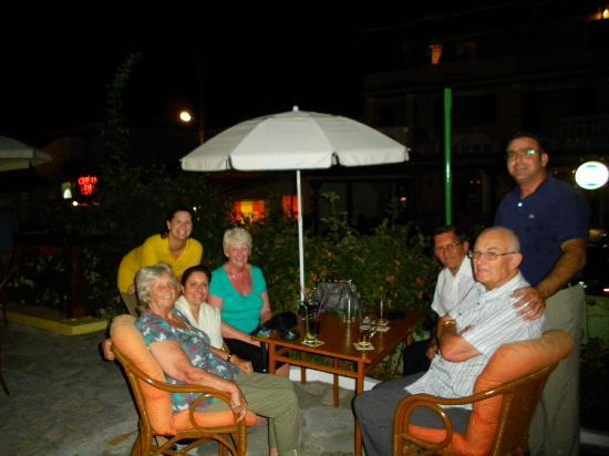 The Islands Restaurant: Having a drink in the bar with Olga Panni and Andreas