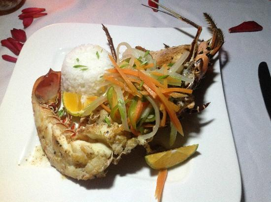 Savasi Island Resort: Lobster by the reef