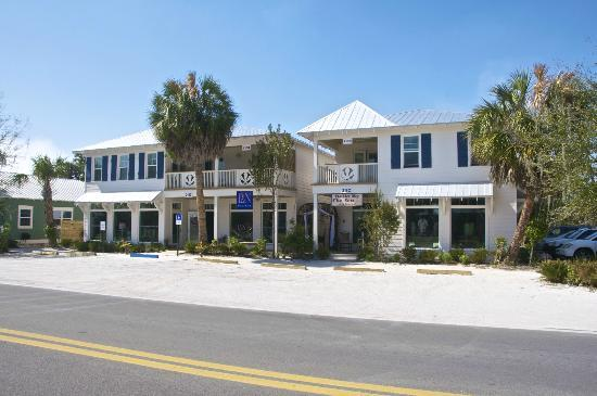 Anna Maria Guest Houses: 206 & 208 Guest Houses