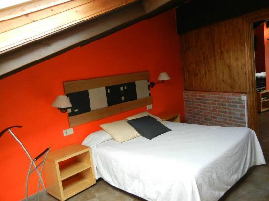 Apartamentos Rurales Los Picos: habitacion apartamento 5