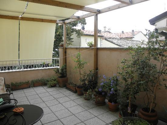Galla Placidia Bed and Breakfast: Terrace of the Green Room