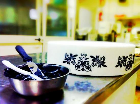 Sala Ricevimenti Serena: Catania's Wedding Cake - L'arte si fa strada in pasticceria -