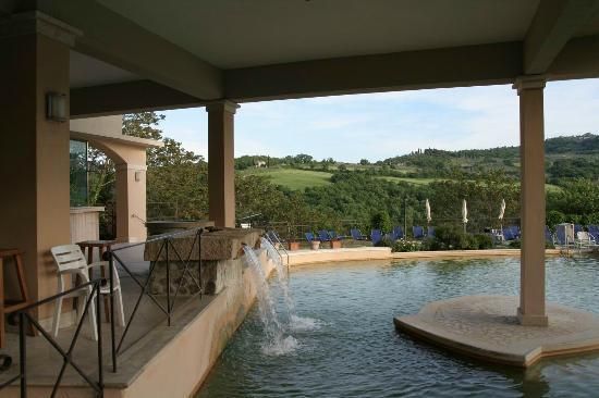 Foto de albergo posta marcucci bagno vignoni piscina - Bagno vignoni hotel posta marcucci ...