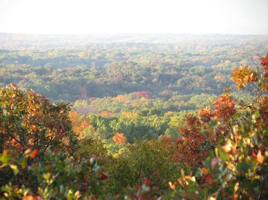 Pea Ridge National Military Park: October 16 2012. Sunrise at the western overlook.