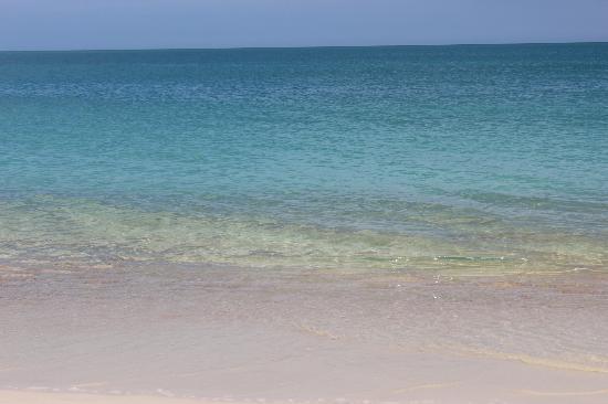 Aloha Resort : la plage vue de la chambre