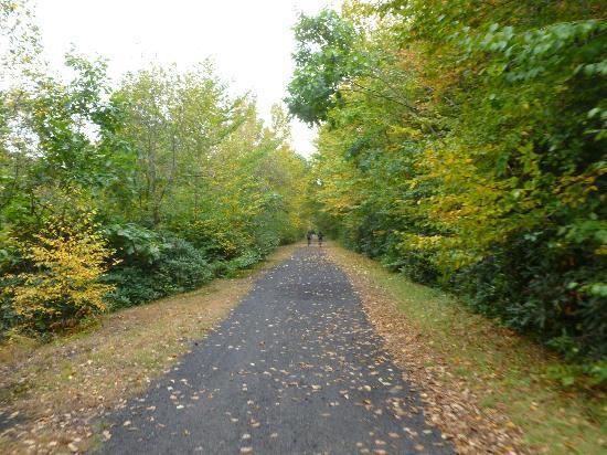 Pocono Whitewater : Lehigh Valley - Bike Path