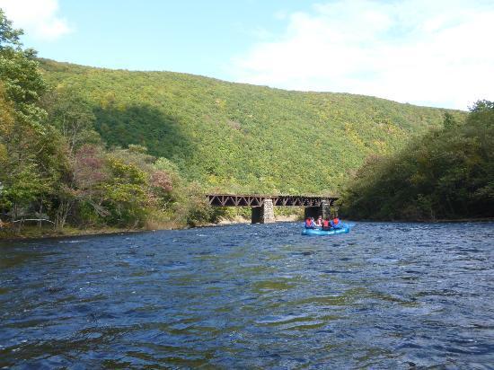 Pocono Whitewater: Rafting down Lehigh River