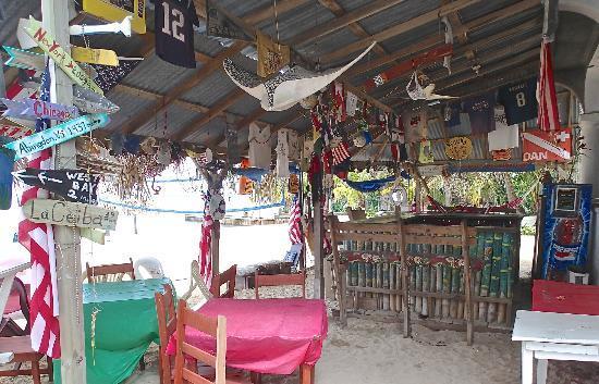 Sueno Del Mar Resort: Pink Seahorse Bar