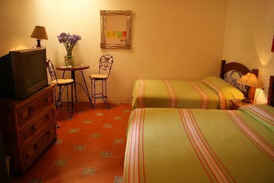 Hotel Posada del Centro: habitación cuadruple