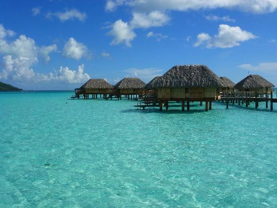 Bora Bora Pearl Beach Resort & Spa: Overwater bungalows