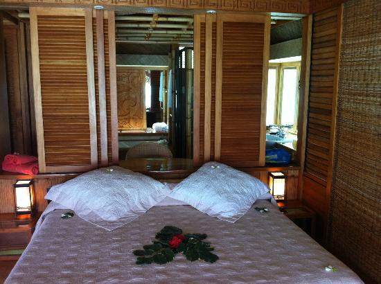 Bora Bora Pearl Beach Resort & Spa : Bedroom
