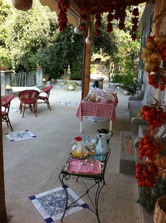 Rifugio degli Dei: Breakfast terrace