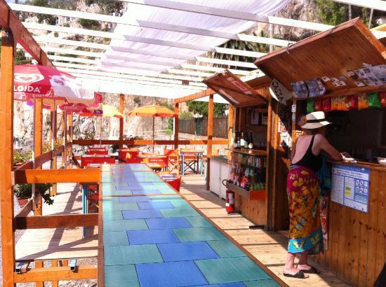Rifugio degli Dei: Arienzo beach bar