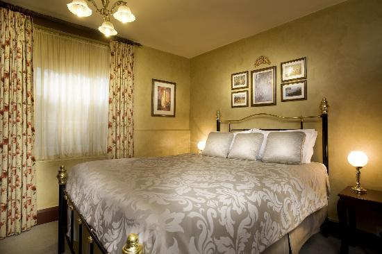 Apartments At York Mansions: Lodge Bed Room