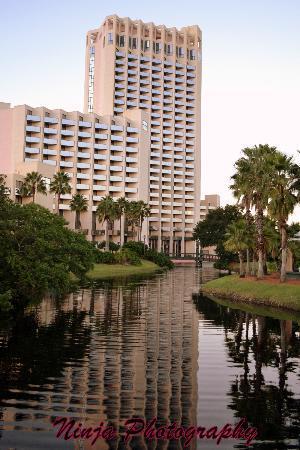 Hilton Orlando Buena Vista Palace Disney Springs: Amazing view of the hotel