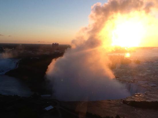 Niagara Falls Marriott on the Falls: Breathtaking view