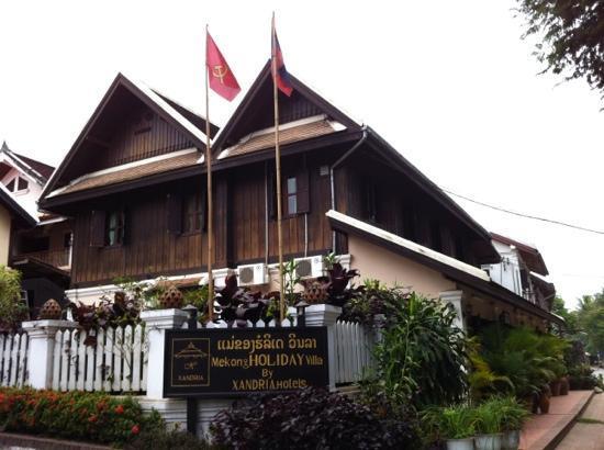 Mekong Holiday Villa by Xandria : front of hotel