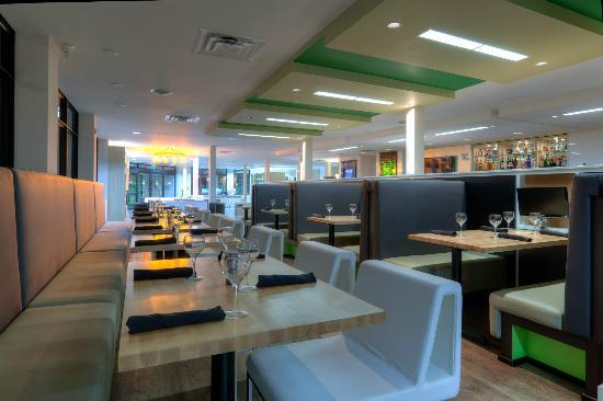 Holiday Inn Winnipeg Airport - Polo Park: The Hub for breakfast Lunch and Dinner