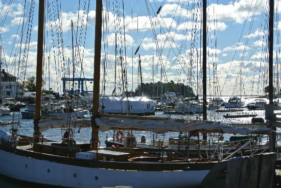 Schooner Appledore II Windjammer Cruise: October 2012