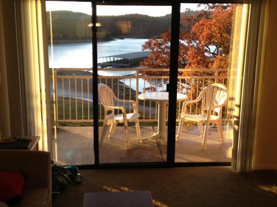 Still Waters Resort : one bedroom lake view