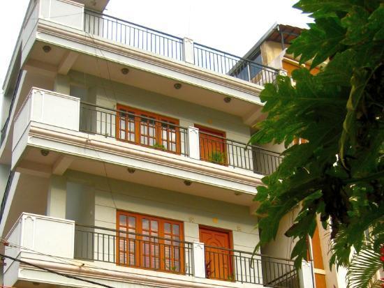 Casa Apartments: Apartment Exterior