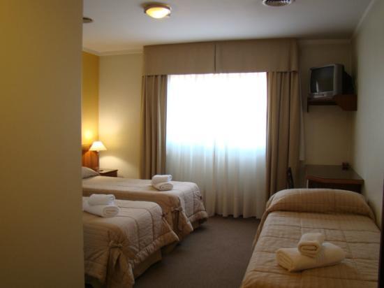 Hotel Costa Limay: habitacion triple
