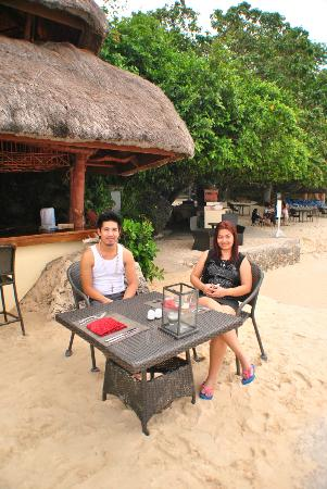 Alegre Beach Resort: the bar near the beach
