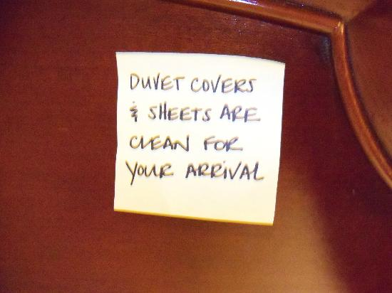 Hampton Inn Mount Airy: sign on headboard of the bed