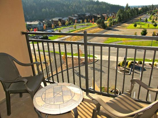Hampton Inn & Suites Coeur d'Alene: private balcony