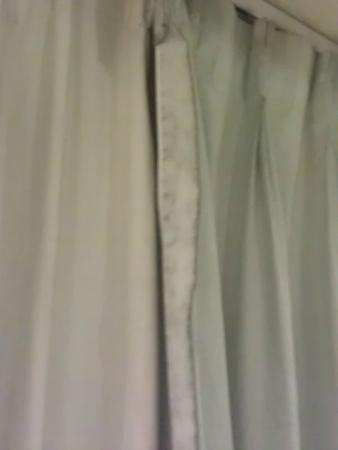 Le Meridien Jakarta: Dirty Curtain, this is just one part... there more more patches