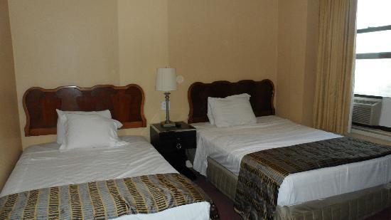 Hotel Carter : Cuarto para 2 personas camas matrimoniales