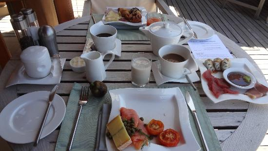 Baros Maldives : Breakfast