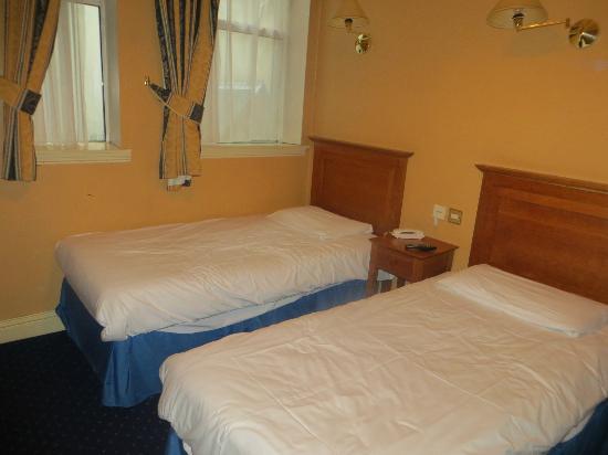 Lynam's Hotel: Room