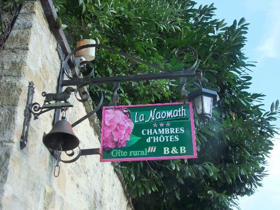 La Naomath: Cartel de la entrada