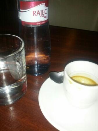 Bistro Deli and Bakery: morning coffee