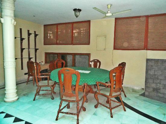 Indiana Villa: Inside