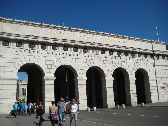 Palazzo Imperiale (Hofburg): Hofburg Arches