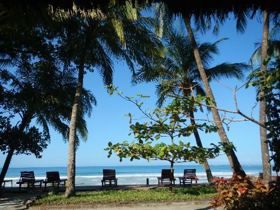Ngapali beach at Memento Resort