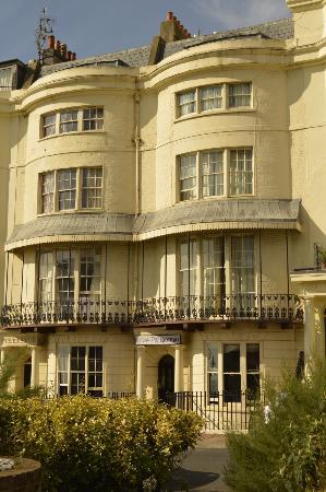 Hotel Pelirocco: Front view