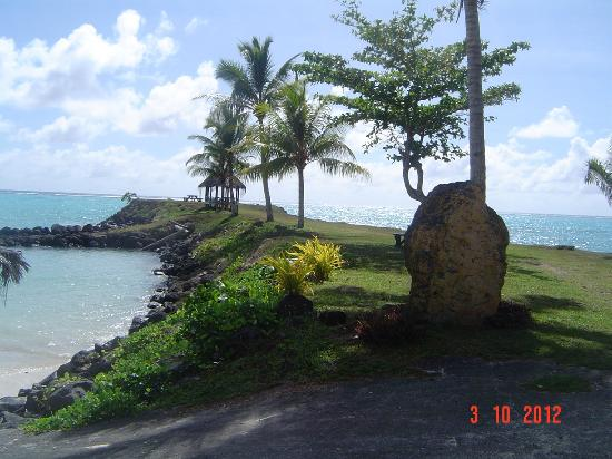 Amoa Resort: Across from hotel