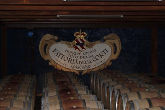 Principe Corsini - Villa le Corti: Principe Corsini Wine Cellar