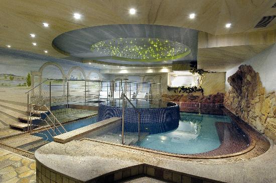 Adler Hotel Wellness & Spa: Piscina idromassaggio